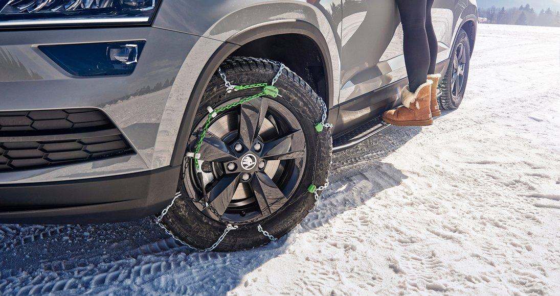 Snow-chains-1.jpg